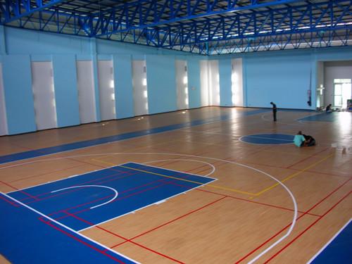 室内羽毛球场室内球场室内塑胶球场施工建设厂家