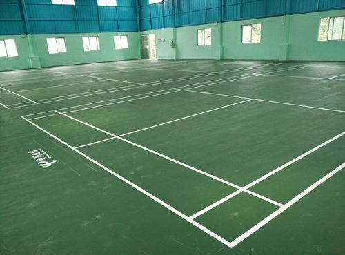 室内羽毛球场建设