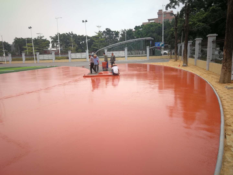 如何打造一个高质量的硅PU塑胶球场