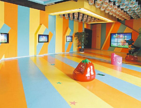 幼��@PVC地板