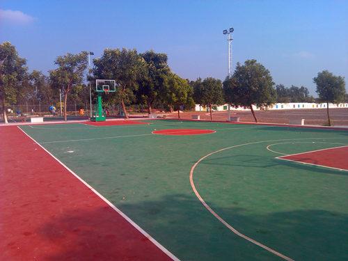 湛江篮球场建设
